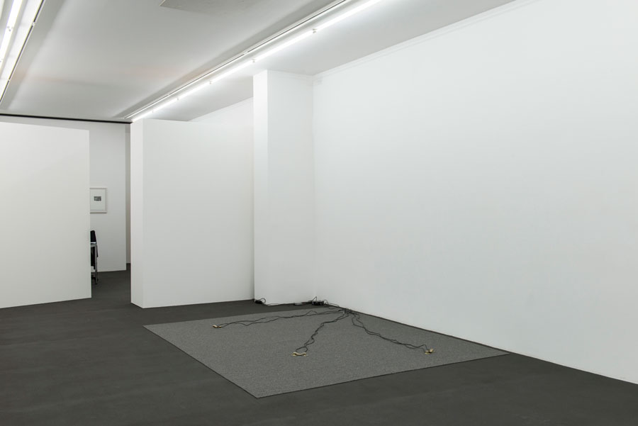 Rolf Julius: »Musik Für Die Augen«, 1981 / 2015, 3 Pairs Of Black Loudspeakers, Felt, Wires, Amplifier, CD Player | Unique Copy, Dimensions Variable, Installation View Kehrer Galerie, Berlin: »Rolf Julius: Unendlich«, 08.11.2015 – 23.01.2016