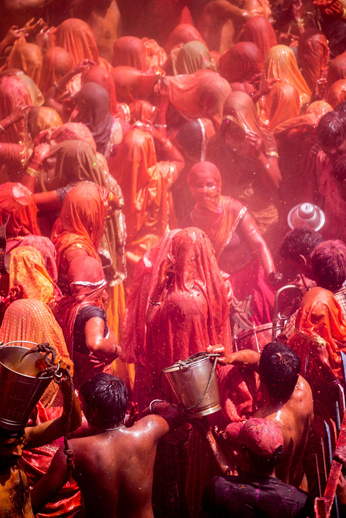 © Andre Wagner, HOLI – Color Flow