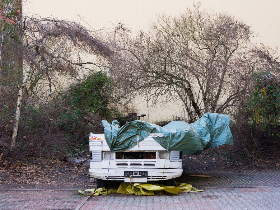 »More Cars, Clothes And Cabbages« © Torsten Schumann. Published By Peperoni Books, 2016