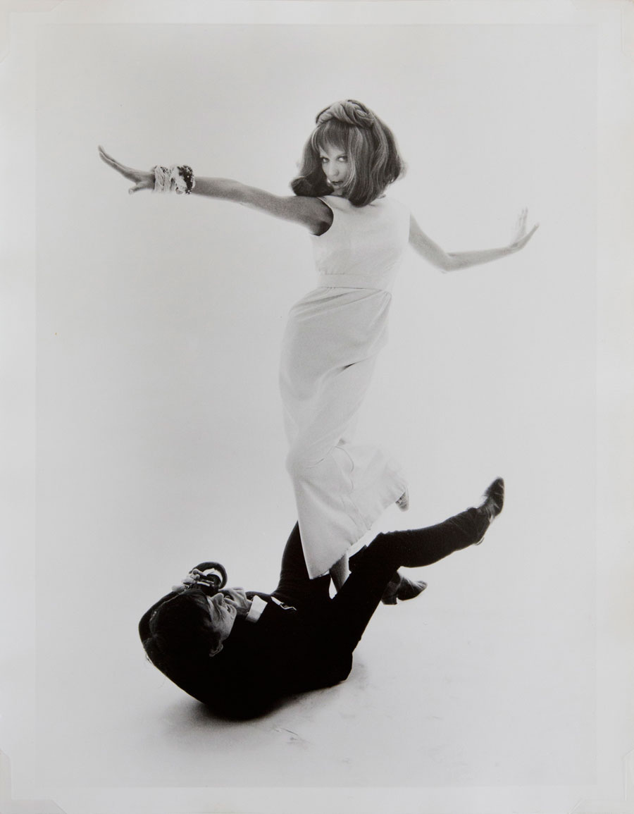 David Bailey And Veruschka, Vogue, 1965 © Bert Stern. Courtesy Galerie 36 And Bert Stern Trust