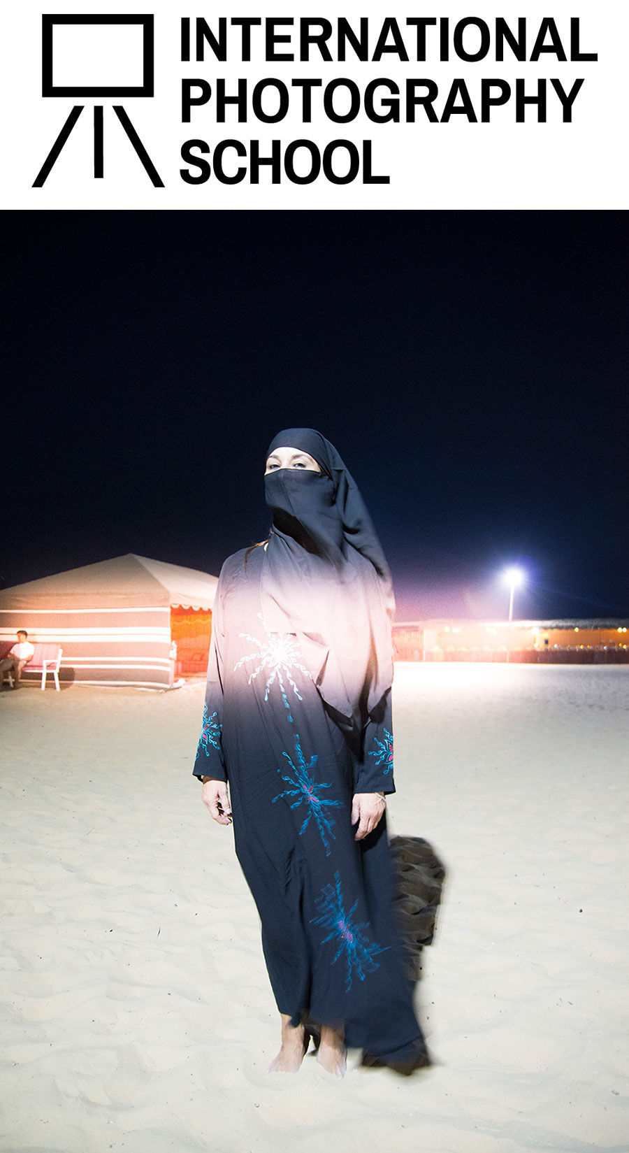 INTERNATIONAL PHOTOGRAPHY SCHOOL Berlin. Photo © Melina Papageorgiou, Woman-Desert, Abu Dhabi, 2015