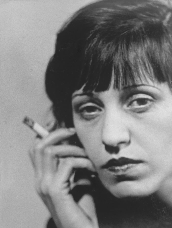 Gerty Simon, Lotte Lenya, 1925-1928 © The Bernard Simon Collection, Wiener Holocaust Library Collections